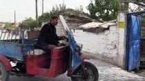 MARKET - Hurda Toplayıp Hem Ailesine Hem De Sokak Kedilerine Bakıyor