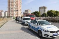 MİTHAT PAŞA - Kaldırıma Çarpan Otomobil Yan Yattı Açıklaması 1 Ağır Yaralı