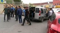 KIZ MESELESİ - Maltepe'de 2 Kişinin Bıçakla Yaralanmasına Sebep Olan Öğrenci Gözaltına Alındı