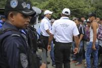 TRUMP - Meksika, Sınıra Yüzlerce Polis Gönderiyor