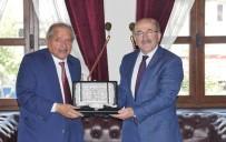 UÇAK SEFERLERİ - Trabzon Büyükşehir Belediye Başkanı Gümrükçüğoğlu Katarlı İş Heyetini Kabul Etti