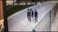 MANGAL KÖMÜRÜ - Yenikapı'da Boğazı Kesilerek Öldürülen Gencin Katil Zanlısı Arkadaşı Çıktı