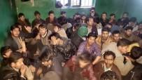 Ağrı'da Bir Eve Hapsedilmiş 250 Kaçak Göçmen Yakalandı, 10 Şüpheli Tutuklandı