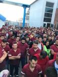 İŞ BIRAKMA - Arkadaşları İşten Atılınca Bin 13 İşçi İş Bıraktı