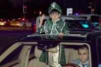 MUSTAFA TUNA - Başkan Tuna Makam Aracını Şehit Çocuğuna Tahsis Etti