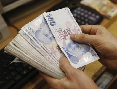 CHP 'emeklilikte yaşa takılanlar' için komisyona başvurdu