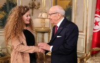 Ahed Tamimi - Filistin'in 'Cesur Kızı' Tamimi Tunus'ta
