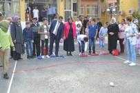 AHMET TURAN - Huzurevi Sakinleri Ve Çocukların Bocce Keyfi