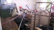 ÇÖP EV - Kırıkkale'de Bir İş Yerinden 6 Kamyon Çöp Çıktı