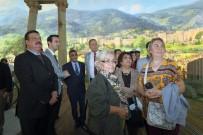 PANORAMA - MHP'den Fetih Müzesi'ne Ziyaret