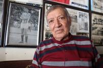 AHMET UZER - (Özel) Eski Futbolcu, Kıraathanesini Kariyer Müzesi Yaptı