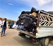 YAŞLI KADIN - (Özel) Savaştan Kaçtığı Türkiye'ye Valizlerin Arasında Geldi