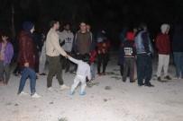 Kaçak Göçmenler Ve Organizatör Jandarmanın Dikkati Sayesinde Yakalandı
