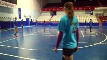 AVRUPA HENTBOL FEDERASYONU - Kastamonu Belediyespor, Ramnicu Maçına Hazır