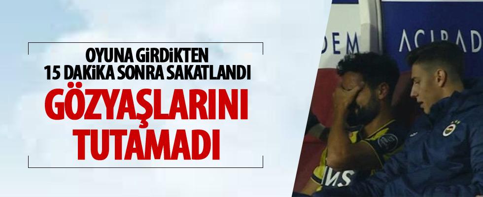 Fenerbahçeli futbolcu gözyaşları