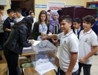 PROPAGANDA - Öğrenciler Meclis Başkanını Seçtiler