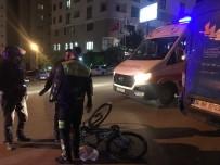 OSMAN YıLMAZ - Otomobilin Çarptığı Bisikletli Adam Yaralandı