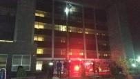 KADIN HASTA - Samsun'da Hastanede Yangın Çıktı Açıklaması 7 Kişi Dumandan Zehirlendi