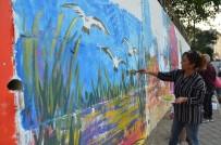 KAYALı - Sanatçılardan Duvar Renklendirmesi