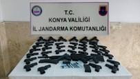 KURUSIKI TABANCA - Silah Ürettiği Evinde 40 Tabanca Ve Bir Tüfekle Yakalandı