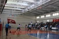 ŞAFAK SEZER - TVF Erkekler 1. Lig Açıklaması Solhanspor Açıklaması 3 - Hatay B. Belediye Açıklaması 1
