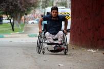 ŞANLIURFA - Vicdansız Hırsızlar, Engelli Gencin Motosikletini Çaldı