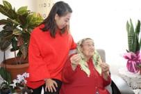 HALKLA İLIŞKILER - Yaşlı Vatandaşlar, 'Sevgi Eli' Terapisiyle Yalnız Olmadıklarını Hissediyor