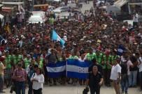 ORTA AMERİKA - 3 Bin Honduraslı Refah İçin ABD'ye Gidiyor