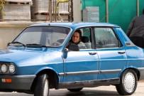 SOLMAZ - 65 Yaşında Ve Erkek Şoförlere Taş Çıkartıyor