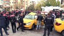 Bursa'da Motosikletli Polis Timiyle Taksi Çarpıştı Açıklaması 3 Yaralı