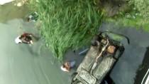 GÜNCELLEME - Nehre Düşen Araçtaki Anne, Baba Ve Bebeği Kurtardı