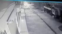 KAPKAÇ - Kapkaç Anı Güvenlik Kamerasına Yansıdı