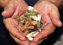 KUŞBURNU - Kış Yaklaştı, Bitki Çaylarına Ve Doğal Ürünlere Rağbet Arttı