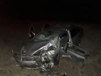 Niğde'de Otomobiller Çarpıştı Açıklaması 2 Ağır Yaralı