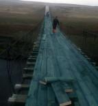 GÜZERGAH - Akyaka'daki Asma Köprü Tadilata Alındı