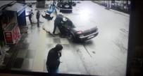 YıLDıRıM BEYAZıT - Ankara'da Aynı Yerde Çifte Kaza Dehşeti Kamerada