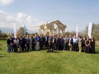 AHMET SOLEY - Avrupalı Büyükelçiler Afrodisias'a Hayran Kaldı
