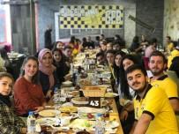 GENÇ FENERBAHÇELİLER - Genç Fenerbahçeliler Kahvaltıda Buluştu
