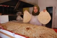 GEVREK - Iraklılar, Tandır Kültürünü Tokat'ta Yaşatıyor