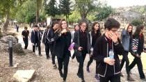 MUSTAFA DEMIREL - Öğrenciler Tarih Dersini Antik Şehirde İşliyor