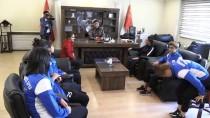Polisten Hakkarigücü Bayan Futbol Takımına Destek
