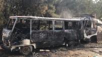 İTFAİYECİLER - Sultanbeyli'de 2 Araç Alev Alev Yandı
