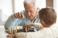 NORVEÇ - Türkiye'de Erkekler Ortalama 60 Yaşında Emekli Oluyor
