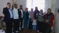AK Parti Bağlar'da Çalmadık Kapı Bırakmıyor