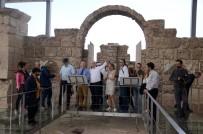 BAĞBAŞı - Berger Ve Beraberindeki Heyet Laodikeia Antik Kenti'ni Gezdi