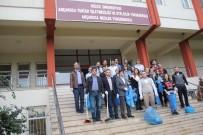 SİYASAL BİLGİLER FAKÜLTESİ - Düzce Üniversitesi Akçakoca Yerleşkesinde Çevre Temizliği Gerçekleştirildi