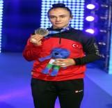 MUSTAFA KAYA - Elif Jale Yeşilırmak Gümüş Madalya Kazandı