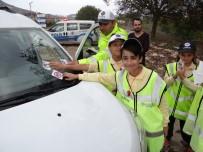 ŞERİT İHLALİ - Gölpazarı'nda 'Bu Yolda Hep Birlikteyiz' Kampanyası