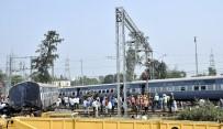 YOLCU TRENİ - Hindistan'da Tren Kazanlarında Son İki Yılda Yaklaşık 50 Bin Kişi Öldü