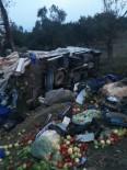 Lastiği Patlayan Kamyon Takla Attı Açıklaması 2 Yaralı
